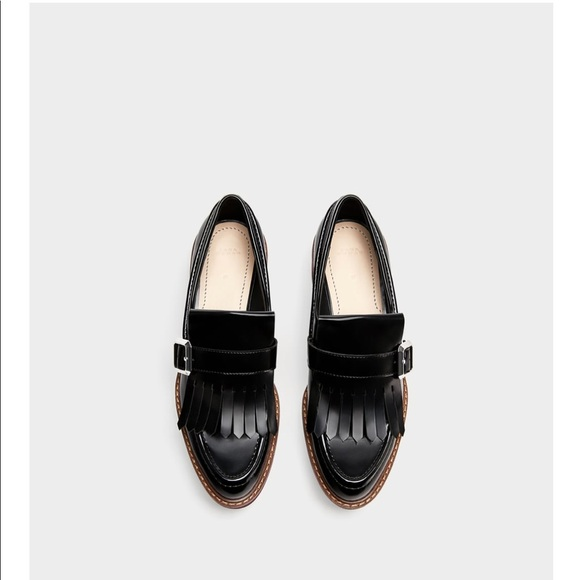 14331330f9d Zara loafers with fringe